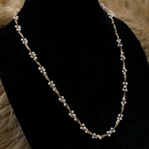 Gorgeous Pearl Gold Necklace